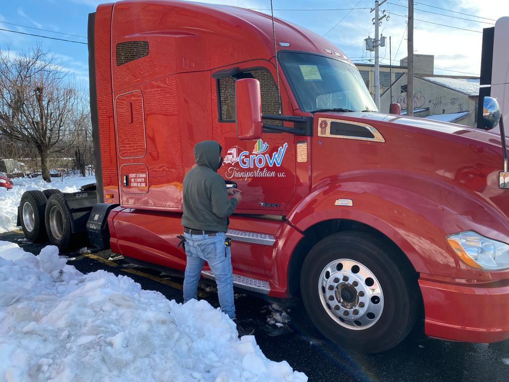 Semi truck lettering in Lehighton, PA